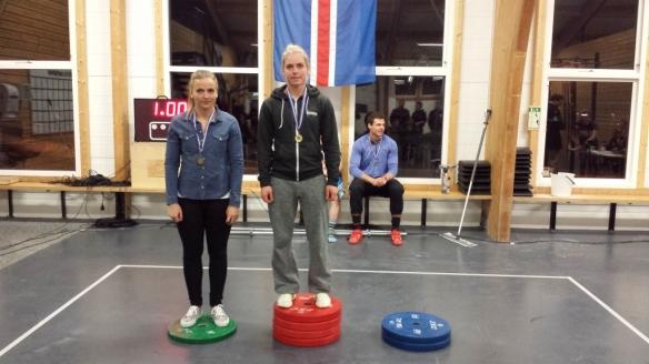 Hjördís Ósk (FH) og Birgit Rós (LFR) á verðlaunapalli